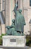 Monument aux frères Olaus et Laurentius Pétri dans Orebro images stock
