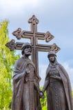 Monument aux saints Peter et Fevronia - les patrons du mariage et famille, Veliky Novgorod, Russie Photos stock