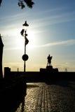 Monument av danspolermedelsoldaten med en flicka Grudziadz Royaltyfri Bild