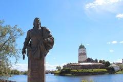 Monument av den allmänna amiralen, räkning Fyodor Matveevich Apraksin Royaltyfria Bilder