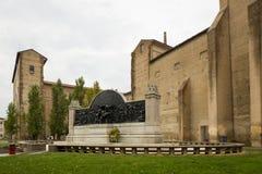 Monument av den Piazzale dellahastigheten Arkivbild