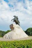 Monument av den ryska kejsaren Peter det stort, St Petersburg Royaltyfria Bilder