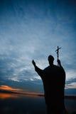 Monument av John Paul II i Czaplinek Arkivfoto