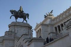 Monument av Victor Emmanuel II på piazza Venezia i Rome Fotografering för Bildbyråer