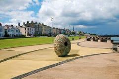 Monument d'interpréteur de commandes interactif de hérisson dans Laoghaire brun grisâtre Image stock