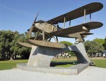Monument de biplan au Portugal Photographie stock libre de droits