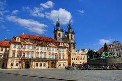 Monument de Jan Hus, le National Gallery, vieux bâtiments, vieille place, Prague, République Tchèque Photo libre de droits