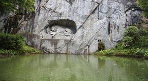 Monument de lion en luzerne, Suisse Images stock