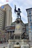 Monument de Maisonneuve - d'Armes d'endroit - Montréal photographie stock libre de droits