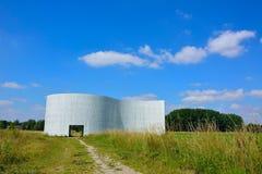 Monument de paix dans la partie du sud de la piscine verte Gand Bru Photographie stock