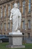 Monument de Schiller devant le théâtre d'état de Stuttgart, Allemagne Photographie stock libre de droits