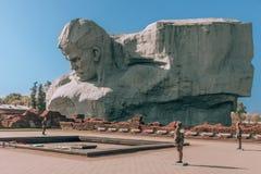 Monument in de Vesting van Brest in Wit-Rusland Het monument wordt gewijd aan de verdedigers van de vesting van Brest tijdens Wer stock fotografie