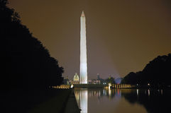 Monument de Washington la nuit Photo libre de droits