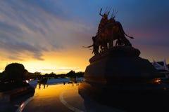Monument der Königin Suriyothai Stockfoto