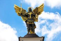 Monument des Engels in Kiew, Unabhängigkeitsquadrat Lizenzfreie Stockfotos