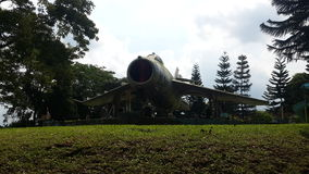 Monument des Flugzeugs MIG17 lizenzfreies stockfoto