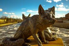 Monument des renards sur le pont StCharles l'Illinois Images libres de droits