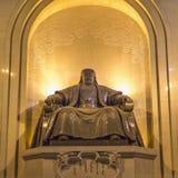 Monument, die een gezette Genghis Khan afschilderen stock foto