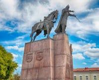 Monument en bronze à Duke Gediminas grand, Vilnius, Lithuanie Photos libres de droits