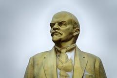 Monument en bronze de L?nine photographie stock libre de droits