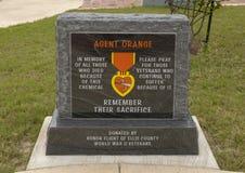 Monument för alla som dog på grund av medelapelsinen - veterans Memorial Park, Ennis, Texas arkivbilder