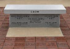 Monument för några soldater med efternamngalandet som dog tjäna som vårt land - veterans Memorial Park, Ennis, Texas arkivfoto