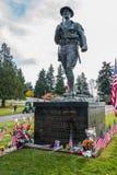 Monument för skulptur för amerikanska Doughboyveteran minnes- Arkivbild