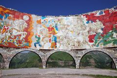Monument Géorgien-russe d'amitié près de Gudauri, la Géorgie Image stock