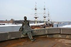 Monument, genoemd Vermoeide vrouwentoerist stock foto