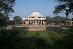 MONUMENT I DELHI - GRAVVALV FÖR ISA KHANS, INDIEN Fotografering för Bildbyråer