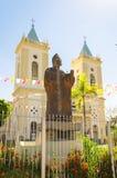 Monument i hedersgåva till Dom Joao Batista Costa framme av Cathed Fotografering för Bildbyråer
