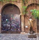 Monument of Juliet in Verona stock photos