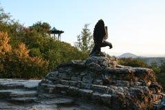 Monument Kaukasus Pyatigorsk Eagle Lizenzfreie Stockbilder