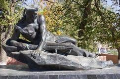 Monument la tombe de masse des marins des participants de l'opération terrestre Image libre de droits
