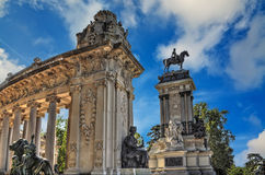 Monument in Parque del Buen Retiro Royalty Free Stock Photography