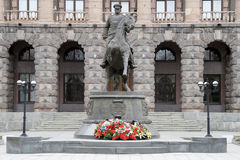 Monument pour rassembler Zhukov à Iekaterinbourg sur Photo stock