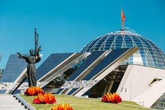 Monument près de construire le musée biélorusse du Image stock