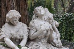 Monument som är hängiven till poeten Gustavo Adolfo Bcquer i Seville Arkivbild