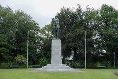 Monument som gör till kung Albert och hans armé i Brugge Arkivfoto
