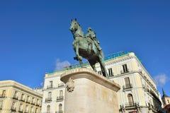 Monument som gör till kung Carlos III fotografering för bildbyråer