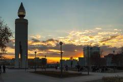 Monument sous forme de bougie Tyumen Russie Images libres de droits