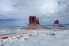 Monument-Tal im Winter lizenzfreie stockfotos