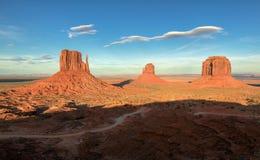 Monument-Tal, Wüstenschlucht in USA Lizenzfreie Stockfotografie