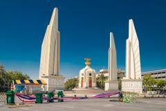 Monument Thaïlande de démocratie juste après les démonstrations et les émeutes en janvier 2014 Images libres de droits