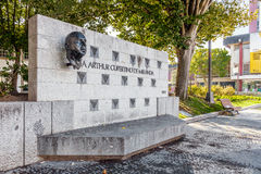 Monument till Arthur Cupertino de Miranda i den Dona Maria II fyrkanten i Vila Nova de Famalicao Arkivfoto