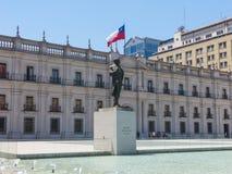 Monument till Arturo Alessandri Palma i Santiago de Chile, in för Arkivfoton