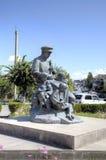 Monument till den armeniska musikern som spelar på en duduk Gyumri fotografering för bildbyråer