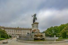 Monument till den Philip droppen i Madrid, Spanien royaltyfria bilder