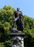 Monument till kejsaren Alexander I i den Alexander trädgården av den ryska huvudstaden royaltyfri foto