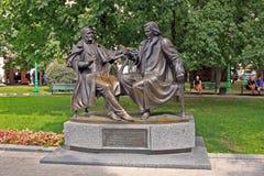 Monument till kompositören Stanislav Monyushko och dramatikern Vincent arkivbilder